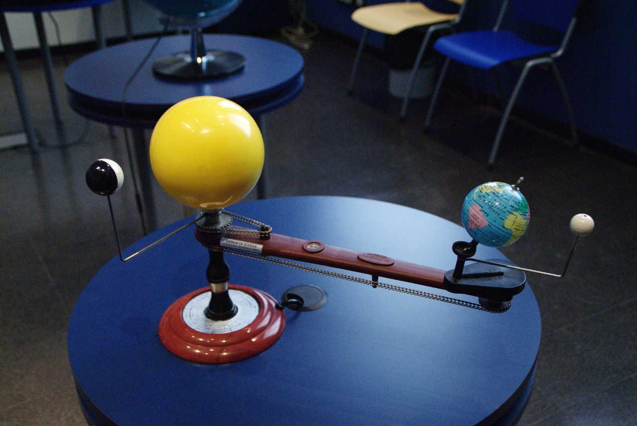 Strumenti laboratorio astronomico